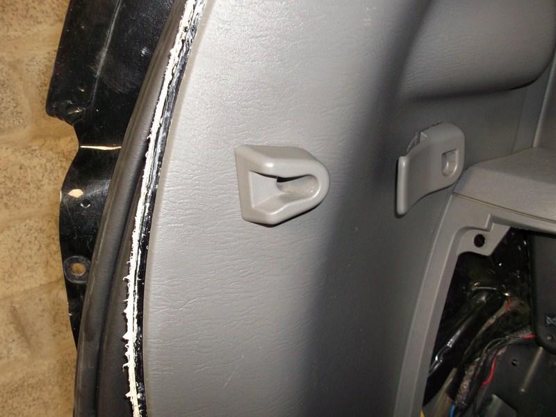 cablage remorque - TUTO S4 - Montage attache remorque / attelage 493811Attacheremorque30Copier