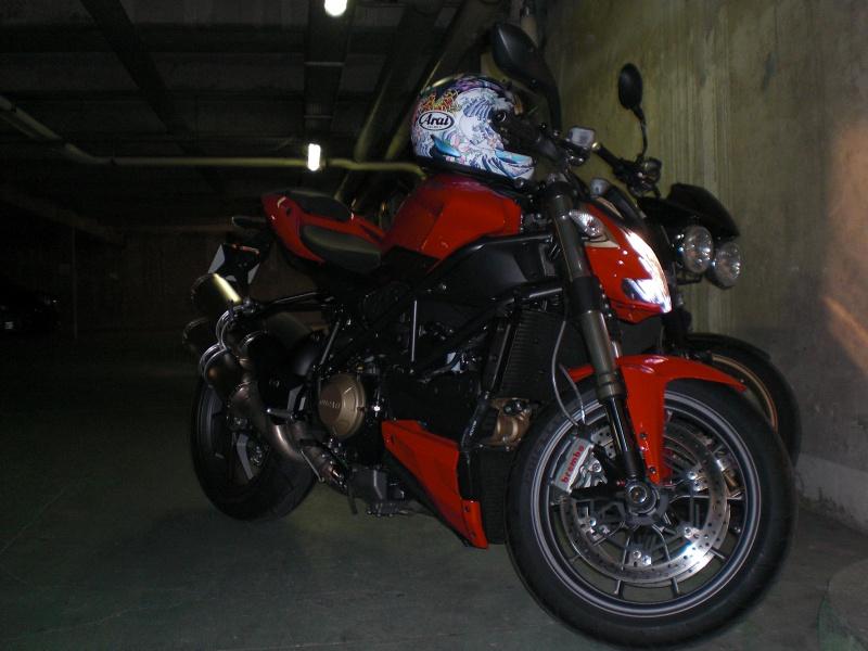 Ducati 848 Streetfighter 2012... 495913CIMG1308