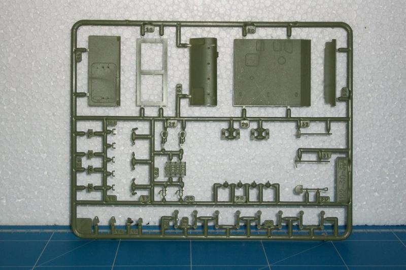 AMX 13 VCI 1/35ème Réf 81140 498049VCI027