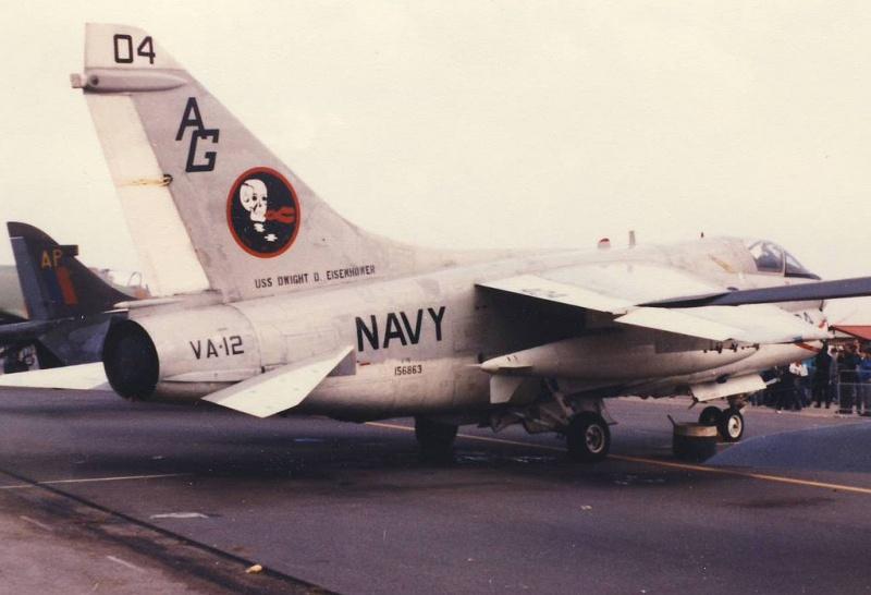 LTV A-7 Corsair II [NOUVELLE VERSION] 500497LTVA7ECorsairII4