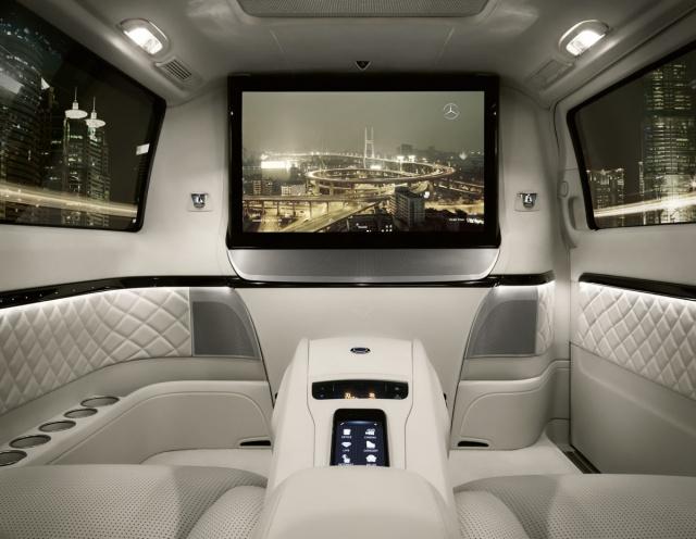 Salon Pékin 2012 : Mercedes Viano Vision Diamond Concept  502068mercedesvianovisiondiamondconcept6