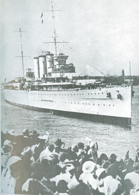 LE BISMARCK  504103Croiseur_Suffolk