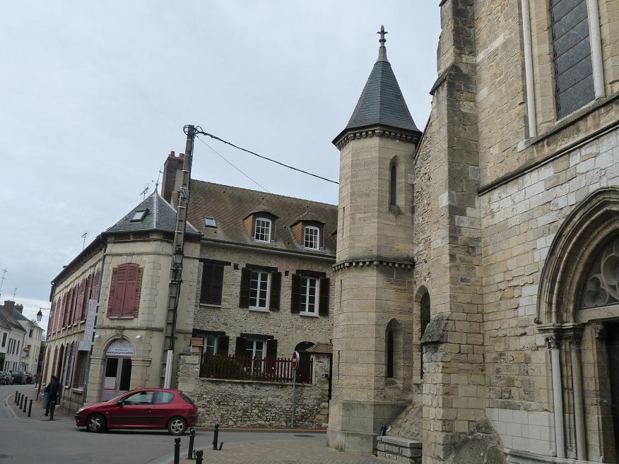 PACY SUR EURE: LE PARIS NORMAND AU COEUR SI TENDRE  - Page 2 504613P1110069