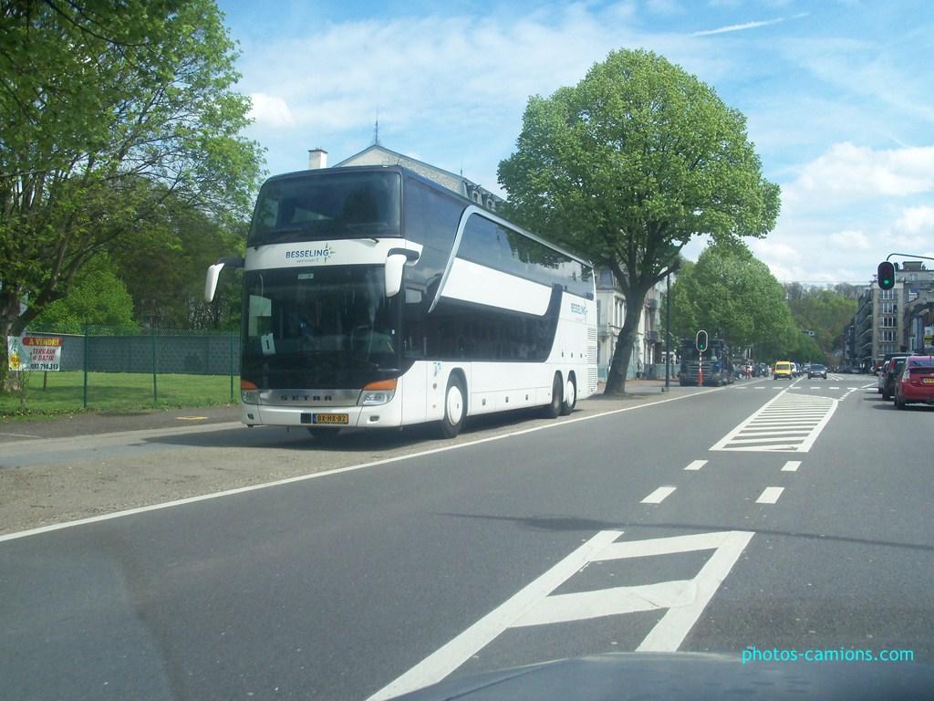 Cars et Bus des Pays Bas  - Page 2 510262photoscamions9Mai20121Copier
