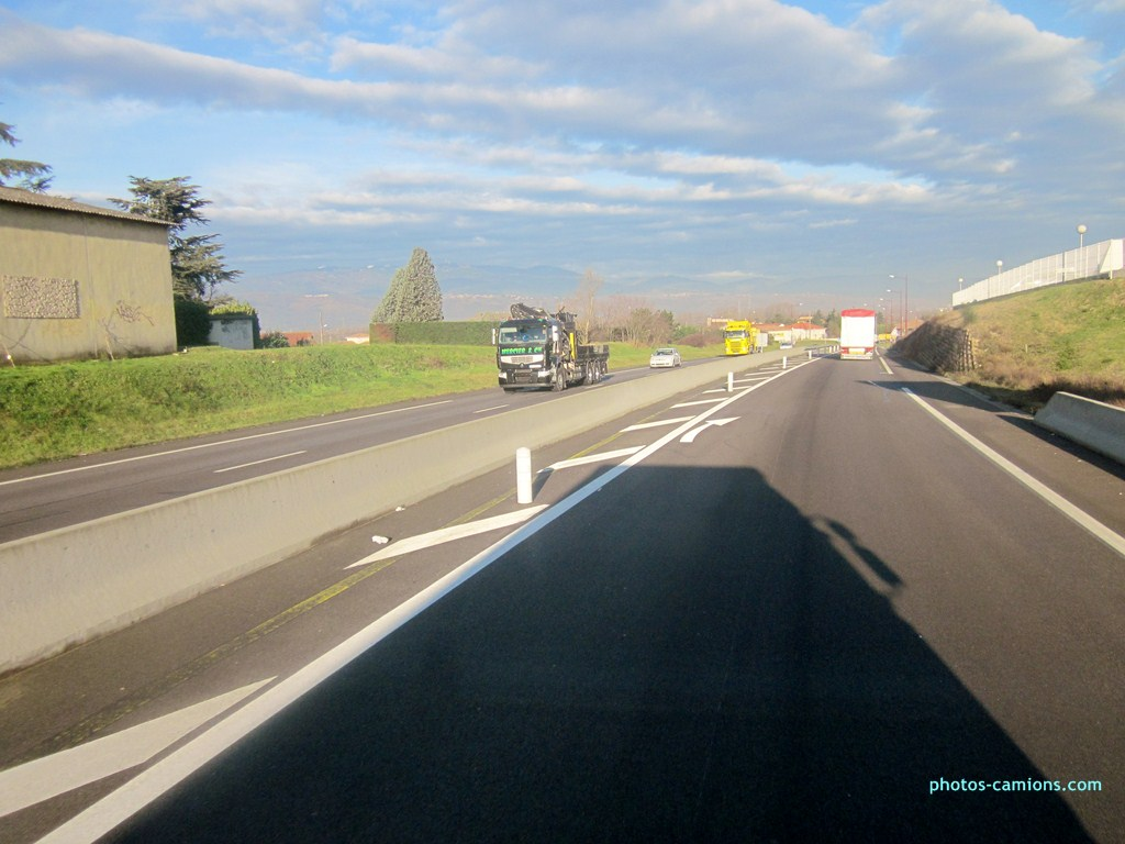 Mercier & Compagnie (Lille) (59) 512112photoscamions31I201387Copier