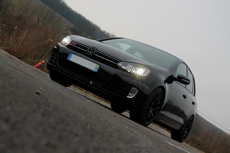 Golf 6 Gtd black - 2011 - 220 hp - Shooting p13 et insignes Piano Black p25 - Page 15 512334IMG1572bis