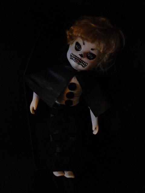 Mes poupées : Living Dead Dolls et créations 513861DSC01676