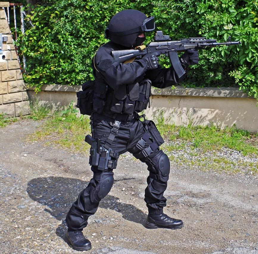 Black Unit FSB 51403320130609195454