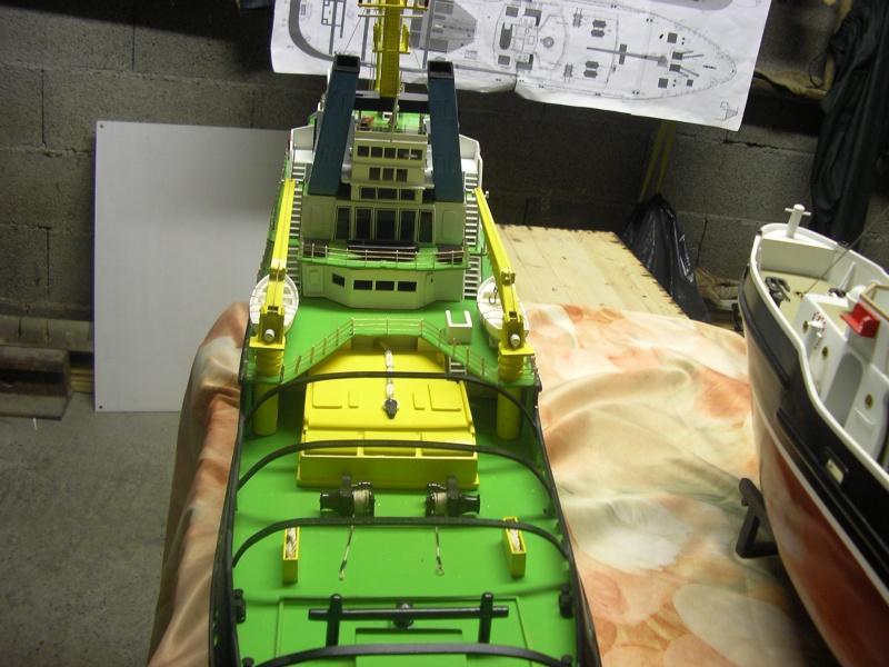Remorqueur Smit Rotterdam (Billing Boats 1/75°) de Henri - Page 4 514558IMGP0644