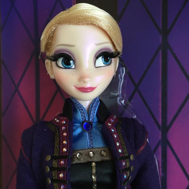 Disney Store Poupées Limited Edition 17'' (depuis 2009) - Page 4 516963IMG0038