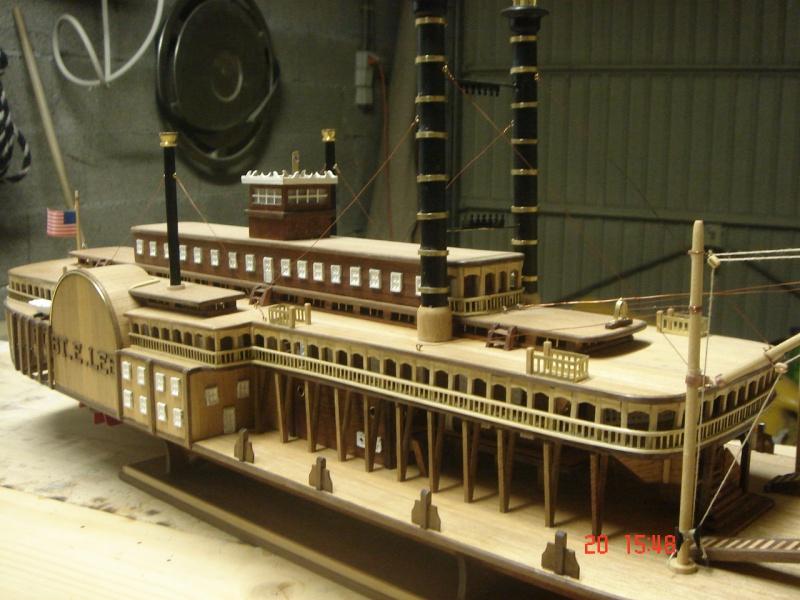 Bateau vapeur Robert E. Lee 1866 (Constructo 1/48°°) de Henri 517747DSC06832