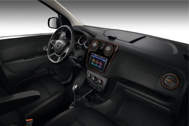Et de quatre ! La famille Stepway s'agrandit avec Nouvelle Dacia Logan MCV Stepway 5184878736216