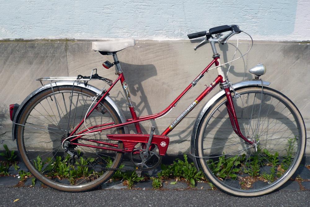 Motoconfort 1974 (rouge) 519405confort002