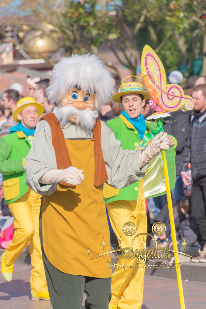 Festival du Printemps du 1er mars au 31 mai 2015 - Disneyland Park  - Page 10 521053dfc36
