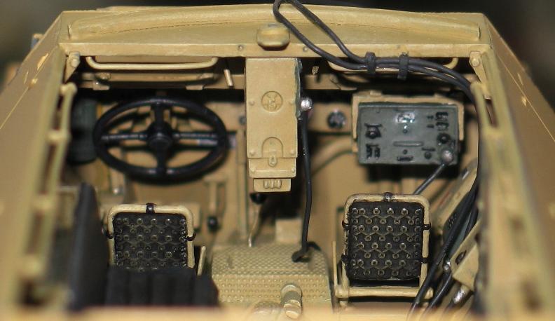 Sd.Kfz 251/20 Ausf D 'Falke' AFV Club 1/35 524068IMG0109