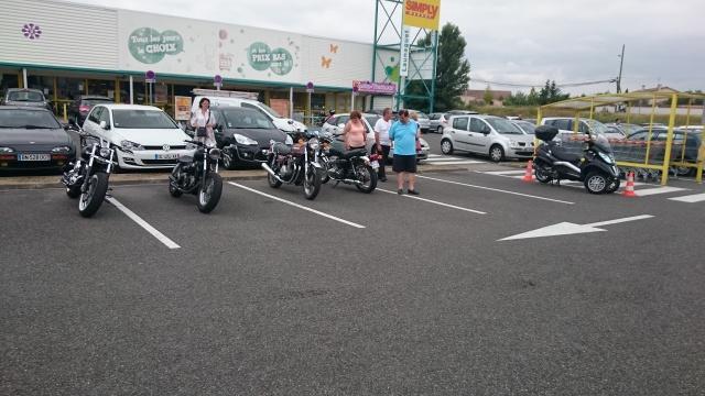 CR & Photos : TSO 19/07/15 Motors & Café Toulouse Launaguet 525309Lau001