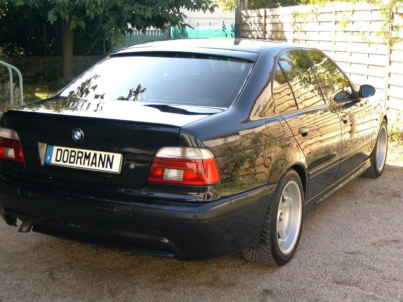 [BMW 530 d E39] Renaissance d'un Cosmos Schwarz Metallic 528036P1010111