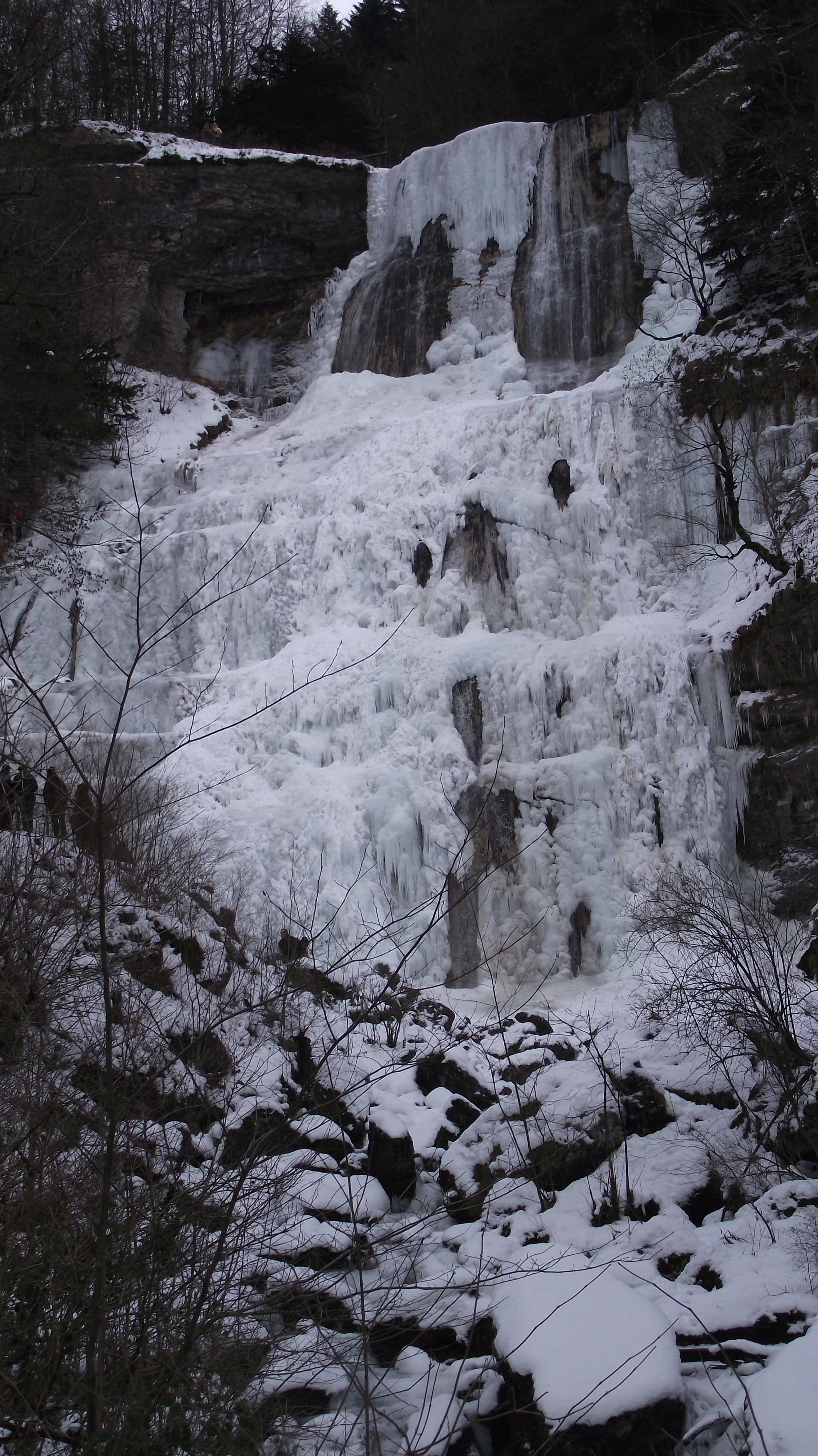 Les cascades du Hérisson 529276CascadesduHerisson0120174