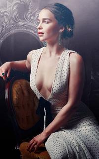 Emilia Clarke avatars 200x320 pixels - Page 3 530512Tara4
