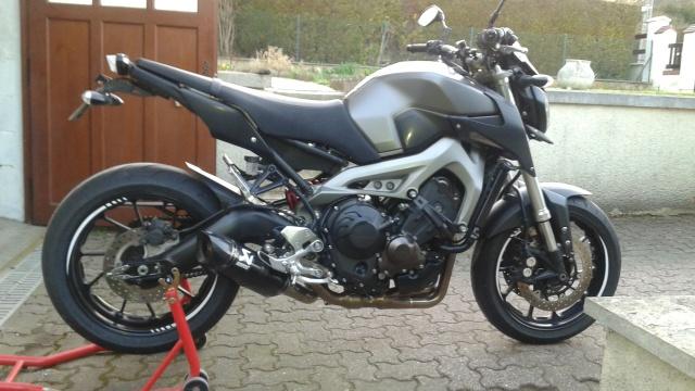 MT-09 Akrapovic Carbon grey/black street rally - Page 3 53085020160407201131