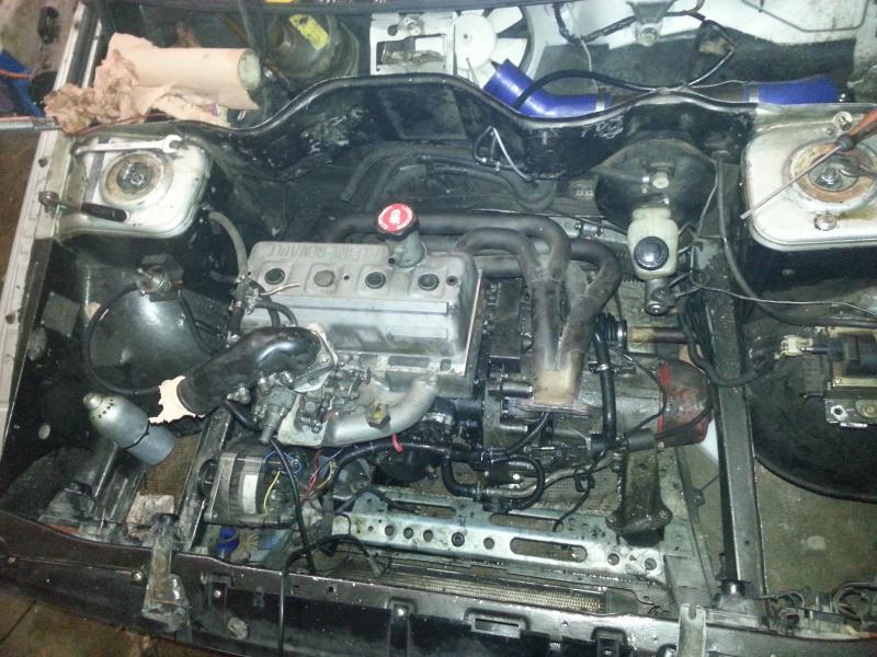 Mimich et sa R9 Turbo (du moins ce qu'il en reste) 53310420121211173916