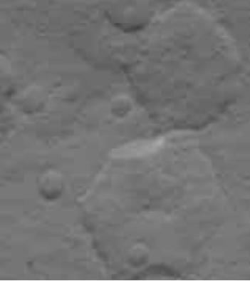 Incongruité ou OVNI du système solaire ? - Page 20 533610hexa