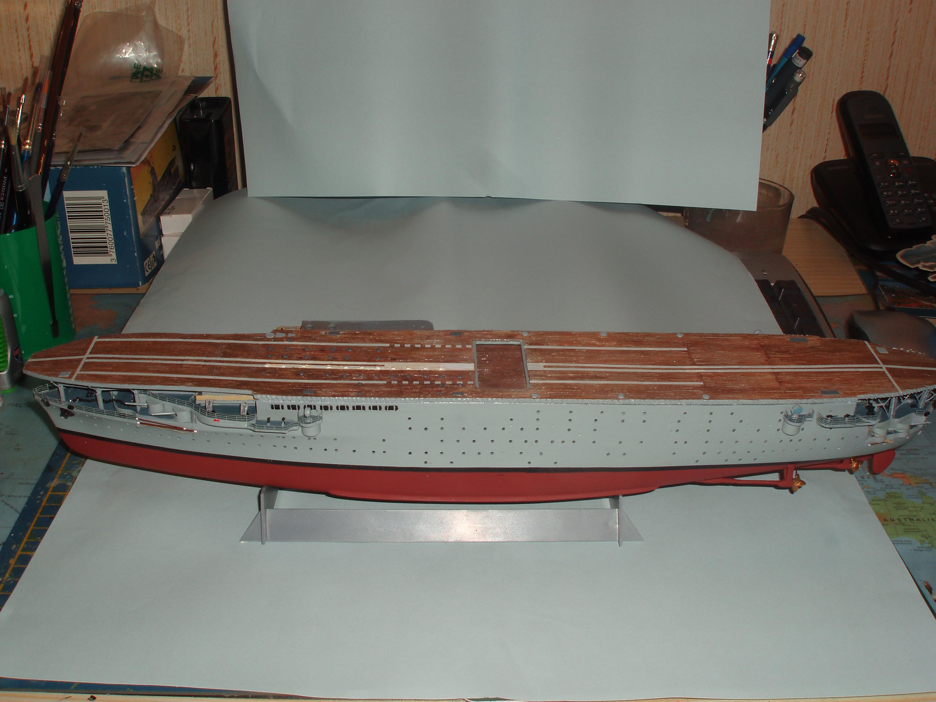 Le porte avions BEARN de l' ARSENAL 537994dio001