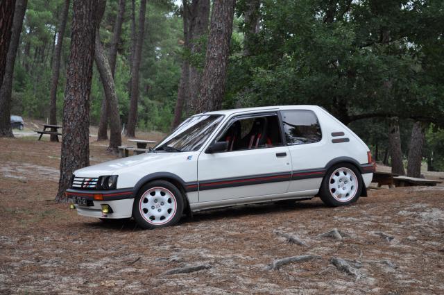 [manu47] 205 GTI 1.6L blanc meige 1987 541484DSC0277