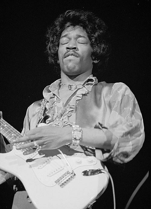Oakland (Oakland Coliseum) : 13 septembre 1968  - Page 2 541512Oakland482