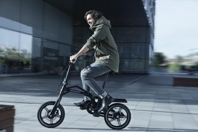 PEUGEOT commercialise son vélo pliant à assistance électrique eF01  5420662PeugeotCycleseF01PhotosCommeF015008010