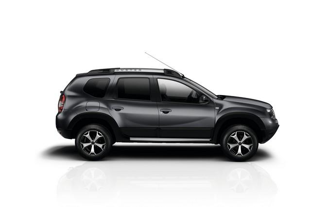 Et de quatre ! La famille Stepway s'agrandit avec Nouvelle Dacia Logan MCV Stepway 5425788739116