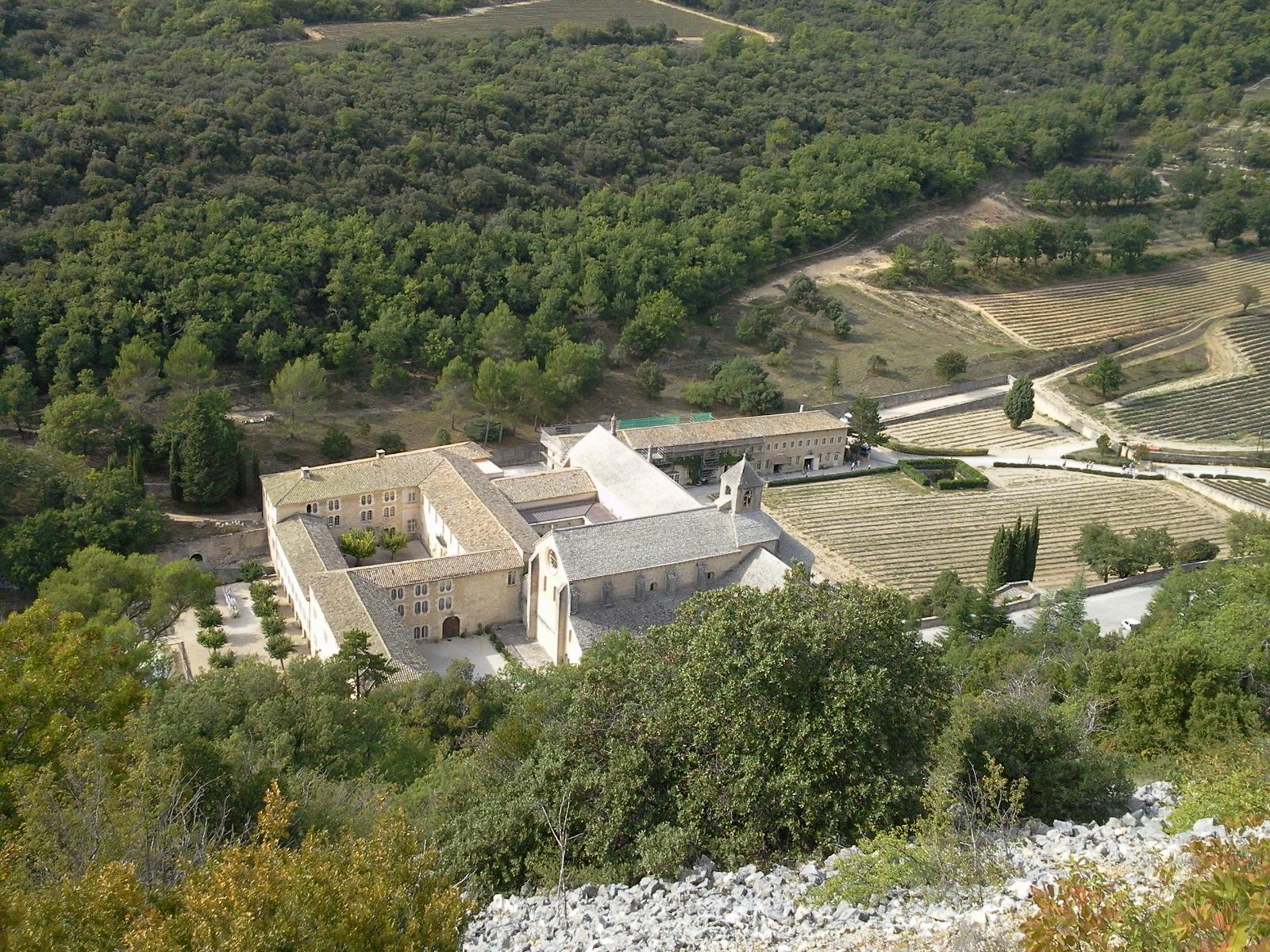 Voyage (petit) à la limite de la drome provençale et du vaucluse. 544217Photo0618