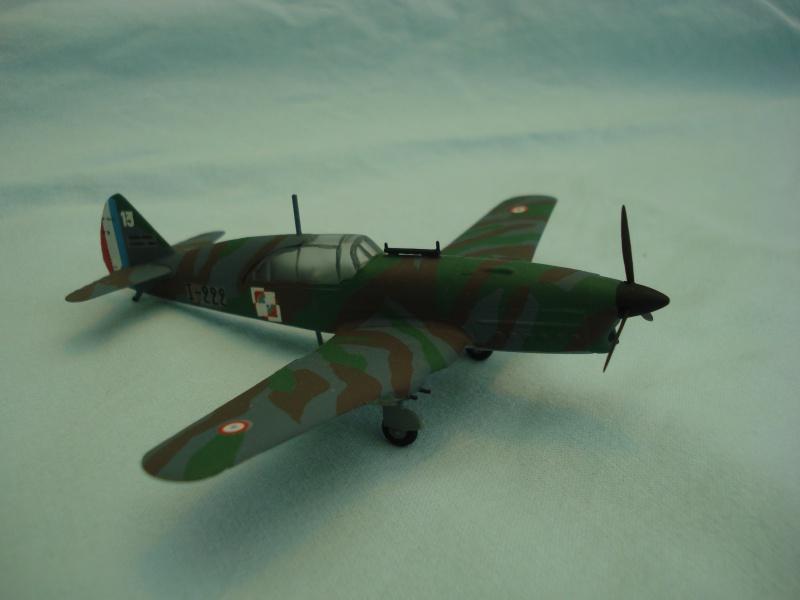 Avions 1/72e 548565DSC06215