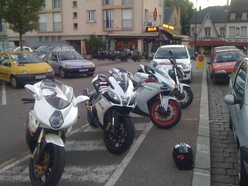 Salon de la Moto - Paris- Pte de Versailles 15ème Arrdt- FRANCE !! - Page 4 549461IMG0226