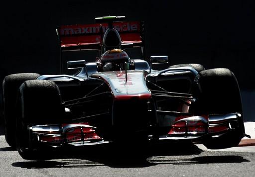 F1 GP d'Abu Dhabi 2012 : (essais libres-1-2-3-Qualifications) 5538962012GPAbuDhabiLewisHamilton1