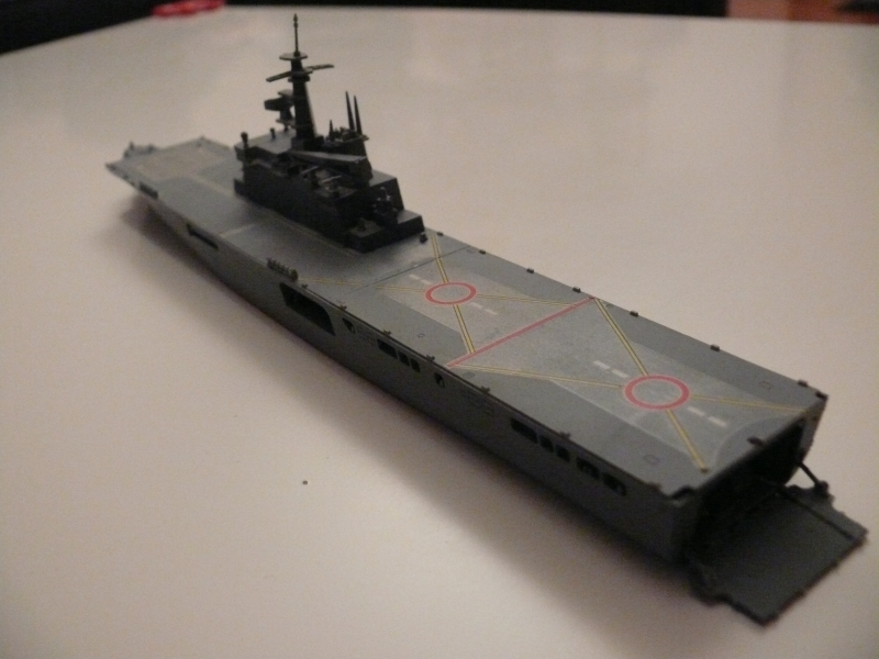JMSDF LST Osumi 1/700 (Tamyia) 554368P1070983