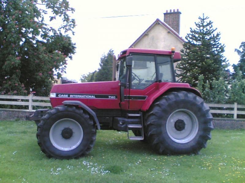 Photos de vos tracteurs - Page 3 55533321052007