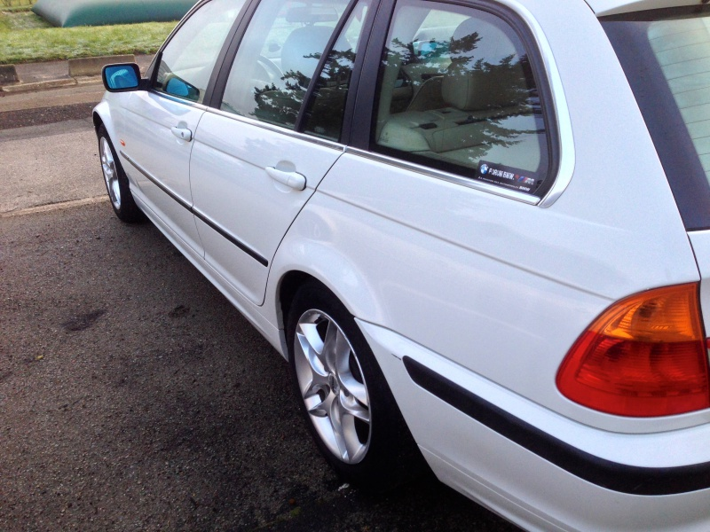 Ma nouvelle acquisition une BMW 320iA Touring 556008IMG5453