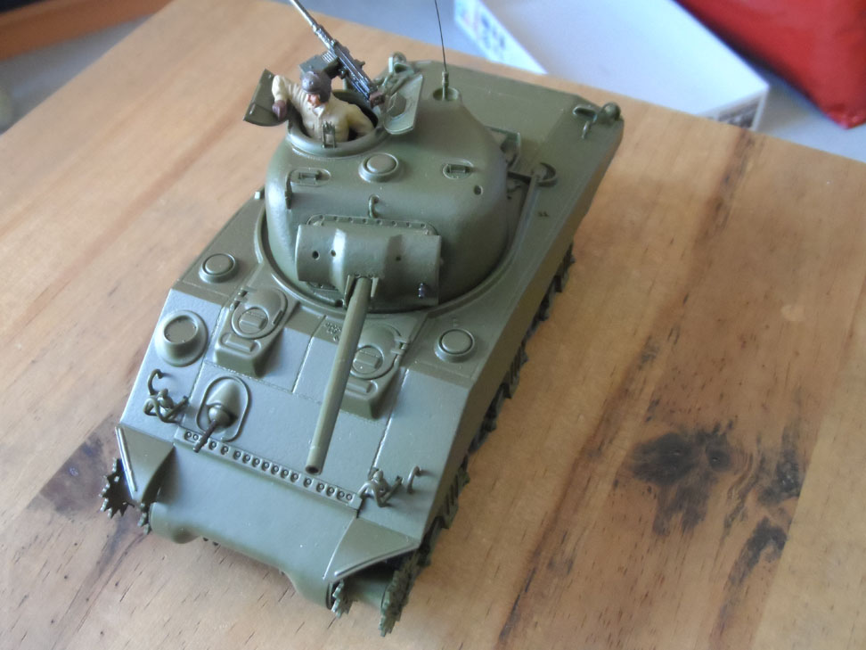 M4 Sherman late production Tamiya 1/35 - Page 3 557206SAM0394