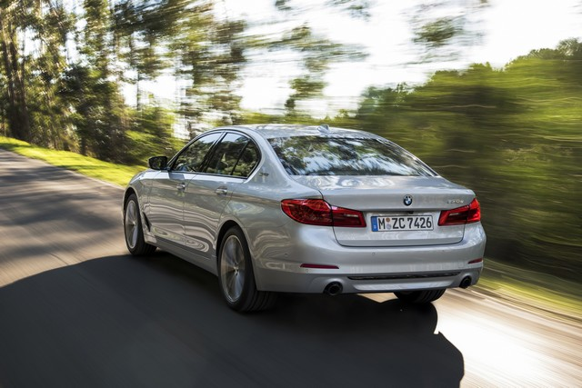 BMW Group au salon de Detroit NAIAS 2017 558345P90244221highResbmw530eiperformanc