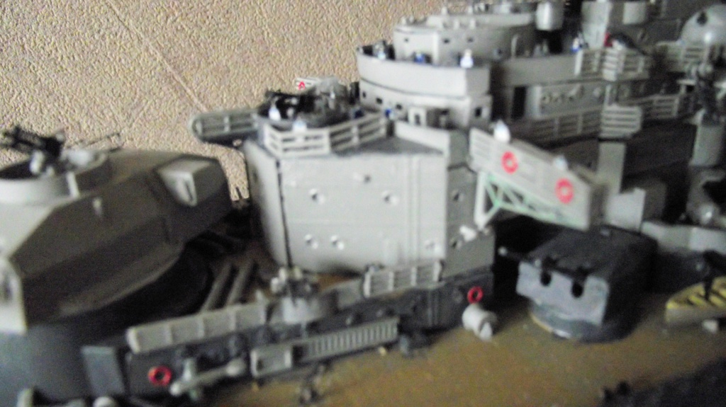 Tirpitz Revell au 1/350° 563071TipitzRevell1x35014