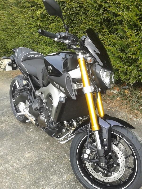 Photos de toutes les Yamaha MT-09 du forum ! :) 563599YNono76