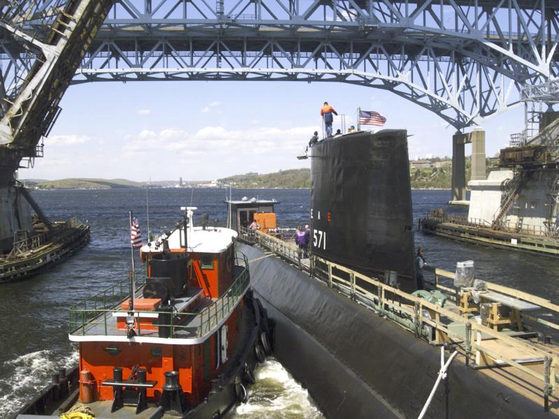SOUS MARIN NUCLEAIRE D'ATTAQUE USS NAUTILUS 563766NautilusSSN571GrotonCT2002May08
