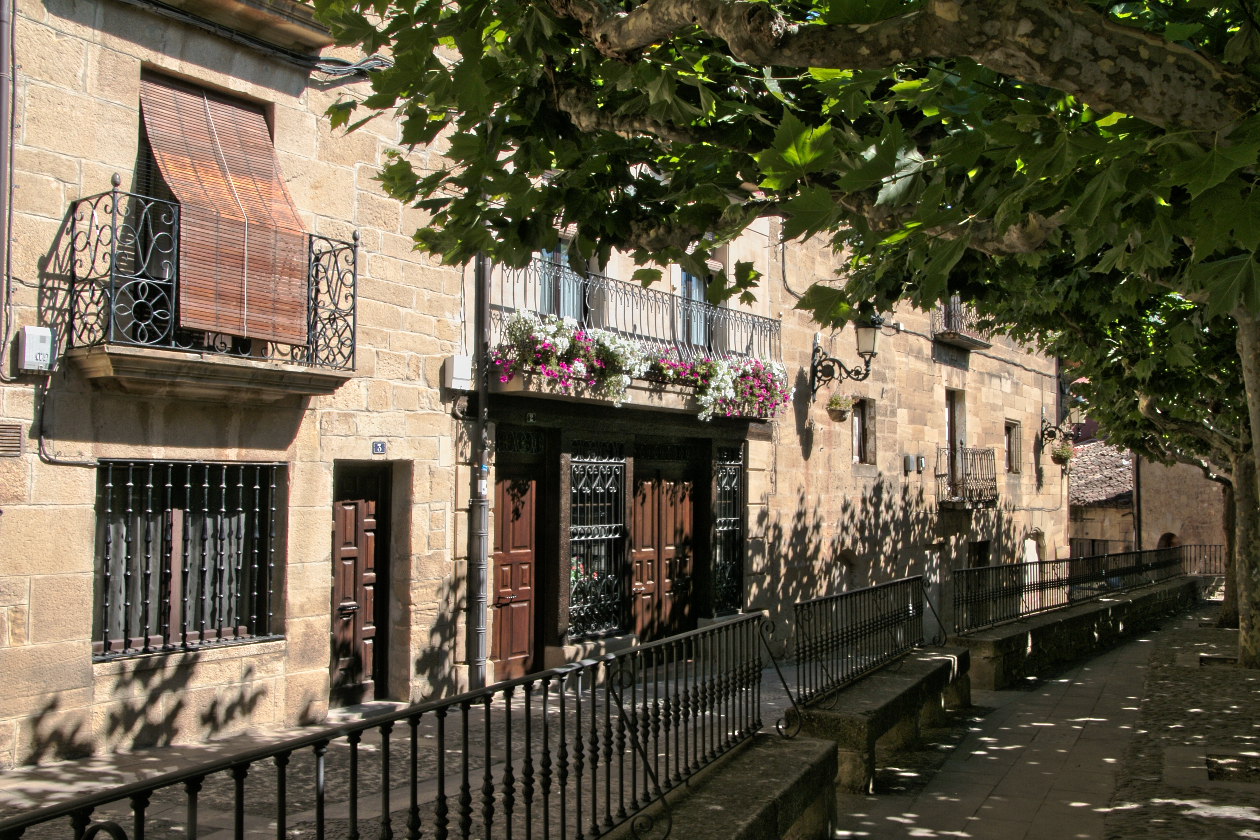 Place espagnole 564189IMG1354lzn