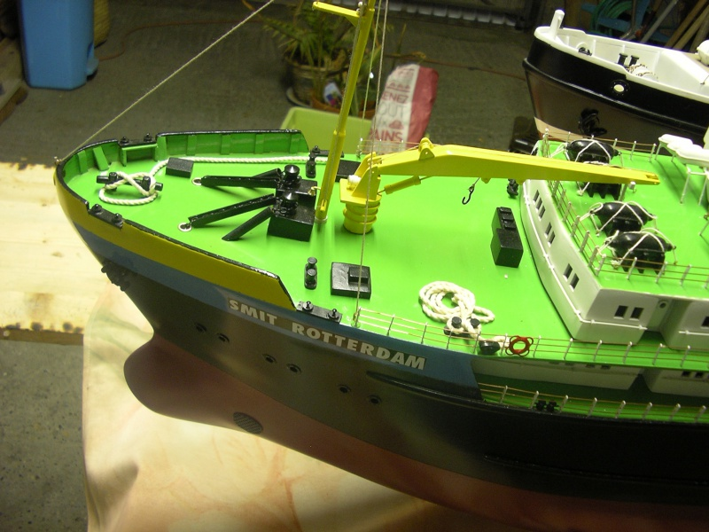 Remorqueur Smit Rotterdam (Billing Boats 1/75°) de Henri - Page 4 564797IMGP0642