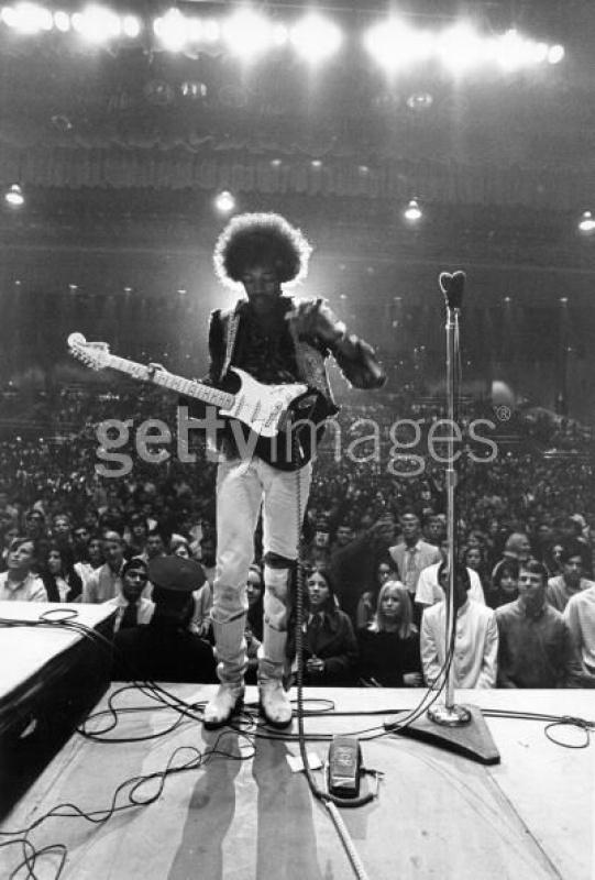 Bakersfield (Civic Auditorium) : 26 octobre 1968  56511074275404CivicAuditoriumonOctober261968inBakersfieldCalifornia
