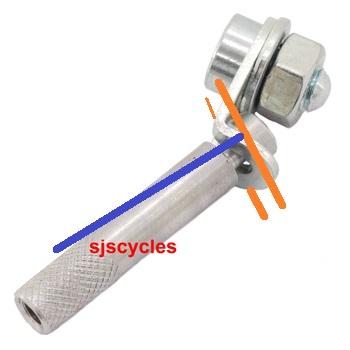 Chainette du moyeu : la fixer au câble 565334bromptongearcableanchoragesturmeyIMG13629
