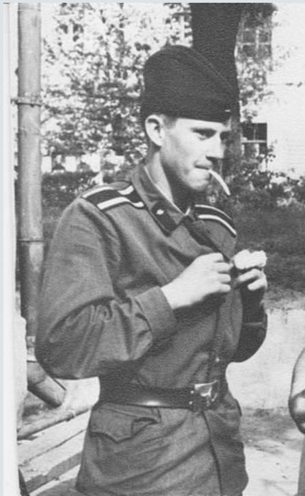 Le soldat soviétique 1945/69 - Page 2 565933ceinturon