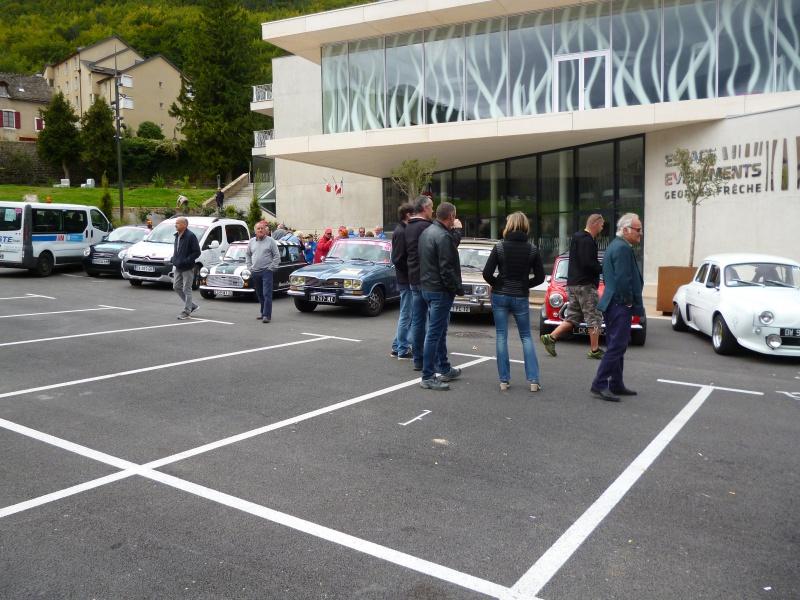 quelques autos au tour cycliste international de L'Ardèche  567814tourcyclisteardche2017le1009003