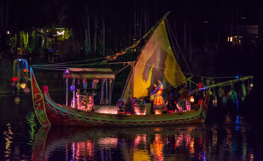 [Disney's Animal Kingdom] Nouveaux divertissements nocturnes: Rivers of Light, Tree of life Awakenings, The Jungle Book Alive with Magic ... - Page 13 567842Riversoflight1